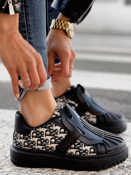 Sneakersy CHRISTIAN black